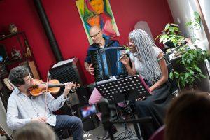 Concerts en appartement d'Arts et Bien-etre.